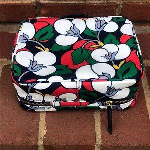 kate spade Bags - Kate Spade Makeup Bag